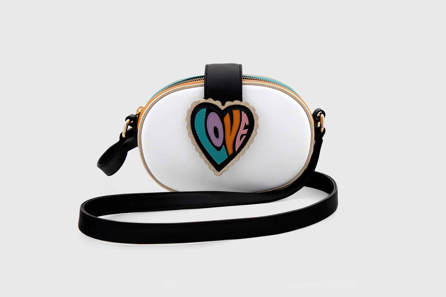 oval-bag-love-2